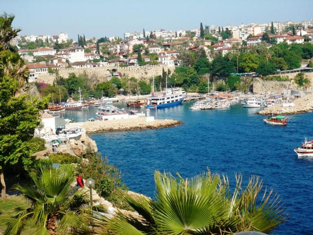 Бархатный сезон в Турции: 5 лучших прибрежных курортов для сентября и октября