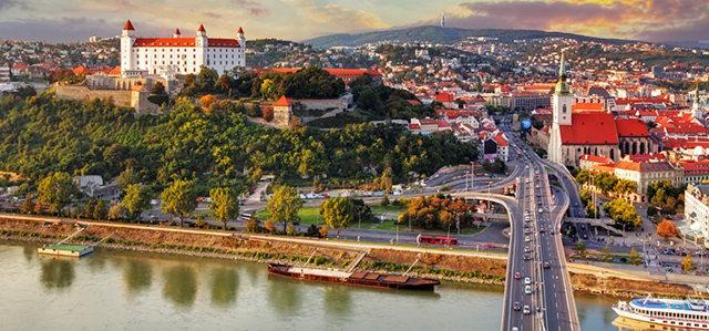 Гражданство Словакии для россиян: как гражданину России получить словацкий паспорт