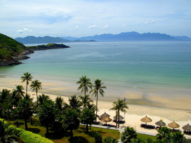 Где отдохнуть на море в декабре 2020 недорого: 12 пляжных мест