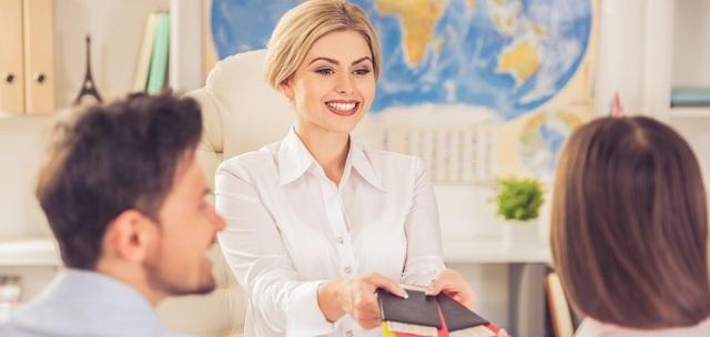 Работа гидом за границей: вакансии и зарплаты