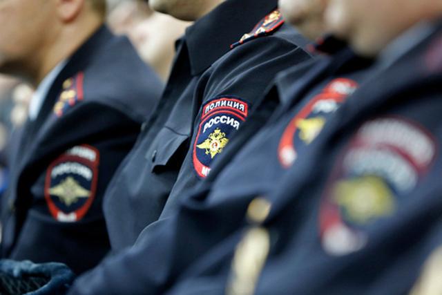 Нелегальная миграция в России в 2020 году: куда пожаловаться на нарушающих миграционное законодательство мигрантов